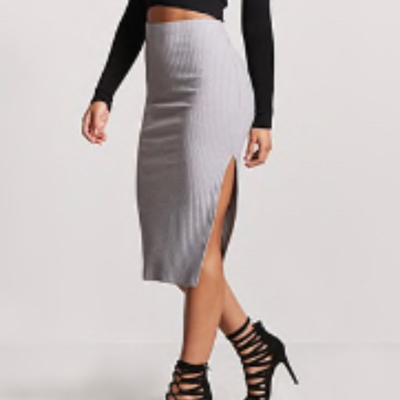 Forever 21 Dresses & Skirts - Forever21 ribbed pencil skirt used